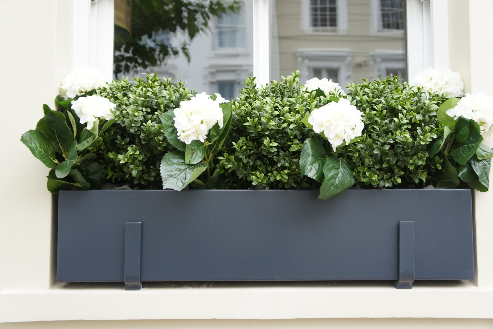 Our metal window boxes are manufactured from high quality galvanised steel and are powder coated to a colour of your choice. & Window boxes London | Design installation maintenance | London ...