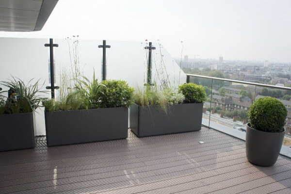 Skyscraper roof terrace