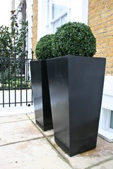 Contemporary planters uk